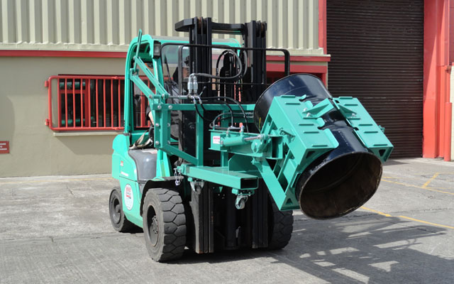 (6)-Fork-Lift-Tipper-5-(640x400)